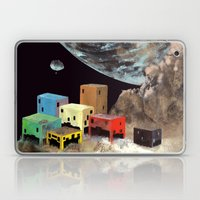 Uzakta Yaşam Laptop & iPad Skin