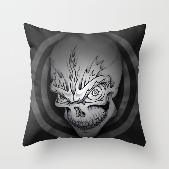 Every man must die Throw Pillow