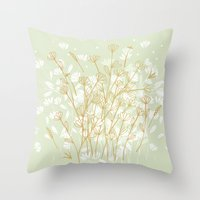 Coockie brown clover on green  Throw Pillow