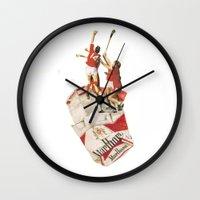 Sig Or Etts Wall Clock