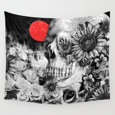 Fire in the dark, nature skull Wall Tapestry