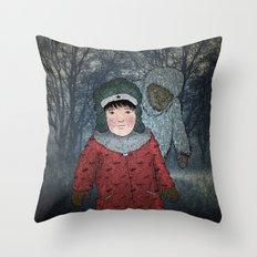 Посмотри! Йети - Beware of the Yeti!  Throw Pillow