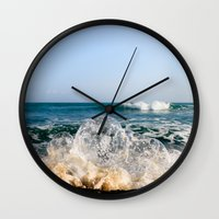 Wave Bubble Splash Wall Clock