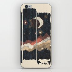 A Starry Night In The Mo… iPhone & iPod Skin