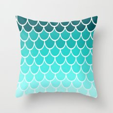 Ombre Fish Scale Pattern Throw Pillow
