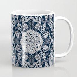 Mug - Centered Lace - Dark - micklyn