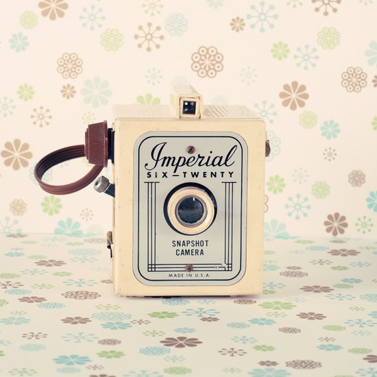 Retro Film Camera on Beige - Cream Pattern Background  Canvas Print
