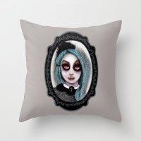 ٩♥»- Harajuku Vampire-»♥۶ Throw Pillow