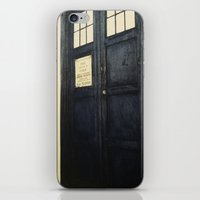 Doctor Who: Time And Rel… iPhone & iPod Skin