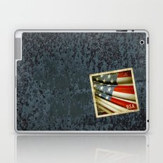 Grunge sticker of United States flag Laptop & iPad Skin