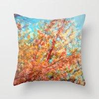Trippin under a tree Throw Pillow