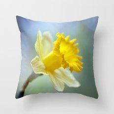 Daffodil 9909  Throw Pillow