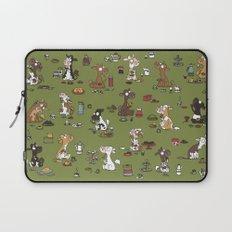 Retro cows - green Laptop Sleeve