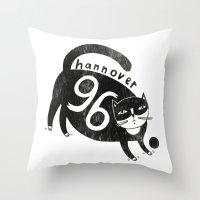 96 Katze Throw Pillow