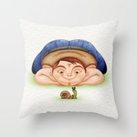 Caracol Throw Pillow