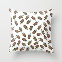 Bev Fresh Pattern Throw Pillow