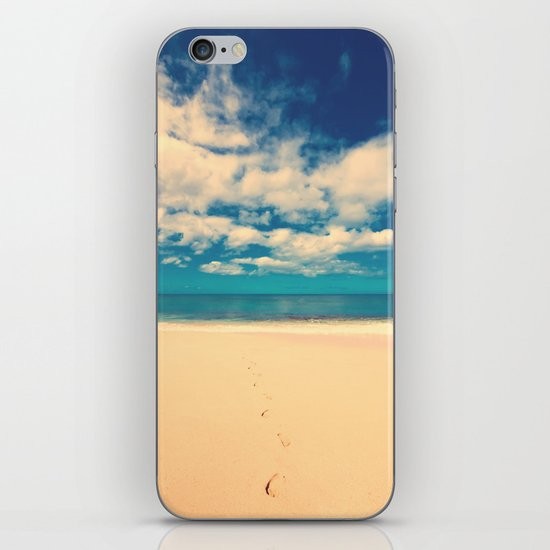 Footprints in the Sand iPhone & iPod Skin
