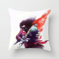 Kaçış Throw Pillow