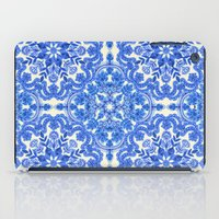 Cobalt Blue & China Whit… iPad Case