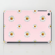 Daisies in love- pink pattern iPad Case