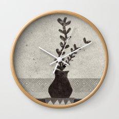 vv Wall Clock