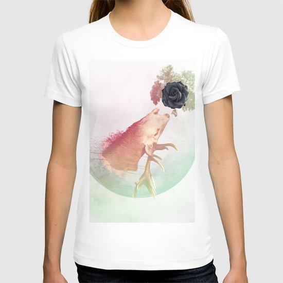 Deer Howling for NATURE!  T-shirt