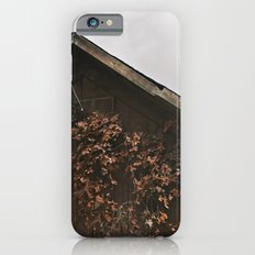 Camouflage - Red Leaves on Barn Slim Case iPhone 6s