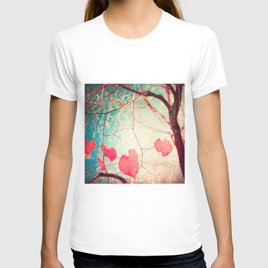 Tree autumn and blue textured sky T-shirt