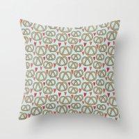 Pattern Project #43 / Pretzel Love Throw Pillow