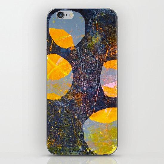 Circles (yellow/blk) iPhone & iPod Skin