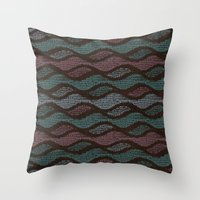 WOOL WAVES Throw Pillow