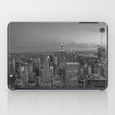 Manhattan sunset. Black and white photo iPad Case