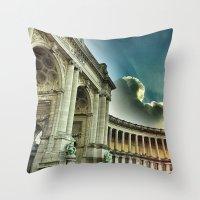 Arc, Parc du Cinquantenaire Throw Pillow