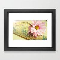 Vintage Daisy Framed Art Print