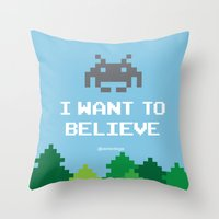 I WANT TO BELIEVE (8 bit) Throw Pillow