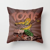 I (HEART) MONSTER HERO Throw Pillow