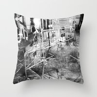 Summer space, smelting selves, simmer shimmers. 21, grayscale version Throw Pillow