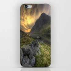 Tryfan By Morning iPhone & iPod Skin