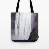Man Vs. Nature - Skógaf… Tote Bag