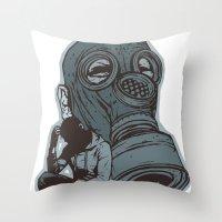 Gespenster Throw Pillow