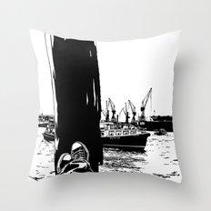 hamburg fischmarkt Throw Pillow