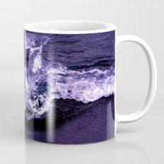 ice wave breaker Mug