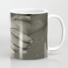 manos trabajadoras Mug