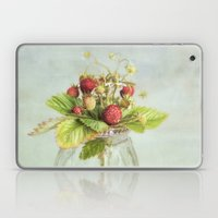 Tiny Berries Laptop & iPad Skin