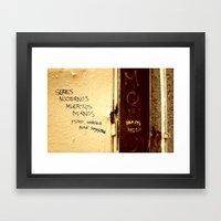 Palabras en la calle  Framed Art Print