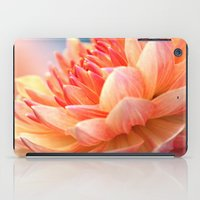 Dahlia Glow Macro iPad Case