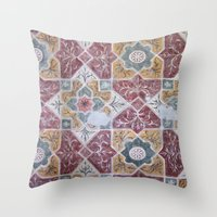 Geometric Wall Pattern Throw Pillow