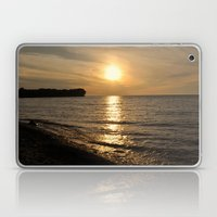 Hanford Bay, New York Laptop & iPad Skin