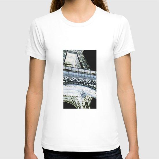 Eiffel effect T-shirt