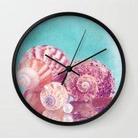 Seashell Group Wall Clock